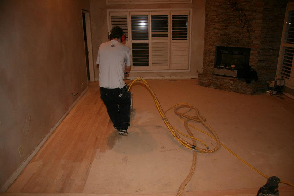 Dustless Sanding - Floor Trendz